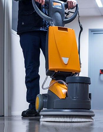 nos machines de nettoyage var propret entreprise de nettoyage m nage et entretien. Black Bedroom Furniture Sets. Home Design Ideas